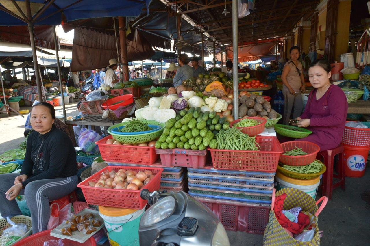 旧市街にあるホイアン市場