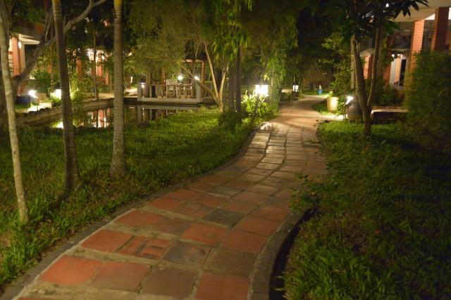 ピルグリミッジ・ビレッジ・ホテルの夜-2
