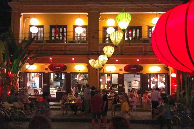 ホイアン旧市街のカフェで-HoiAn_14