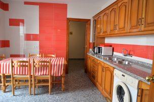 スペイン・ネルハのアパート-i